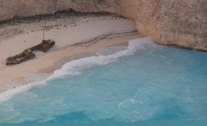 Pláž Navagio patří mezi nejfotografovanější místa na ostrově Zakynthos /
