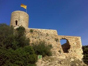 Hrad Sant Joans představuje dominantu střediska Blanes /