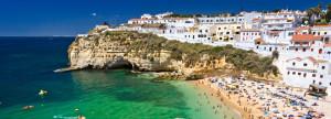 Na Algarve prožijete jedinečnou atmosféru letní dovolené /
